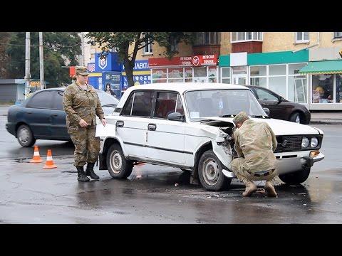 ДТП в Житомире. Возле автовокзала столкнулись ВАЗ и Audi