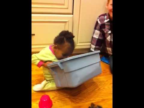 Baby throwing up - YouTube