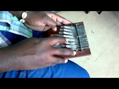 Small Kalimba Brown in B major - Dingiswayo Juma