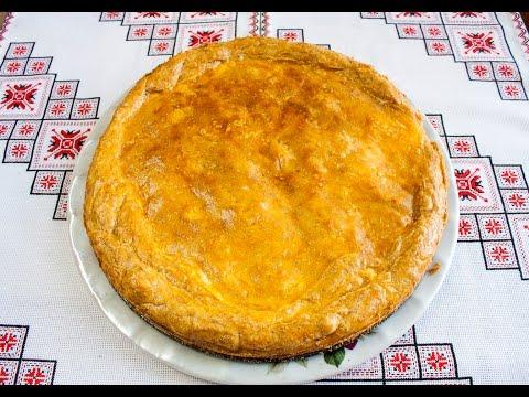 Тесто для пирога Пирог с сыром,яйцом и луком Пиріг з сиром яйцем і цибулею Тісто для пирога