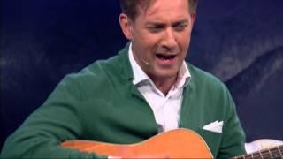 Rafał Królikowski śpiewa i gra na gitarze u Kuby Wojewódzkiego!