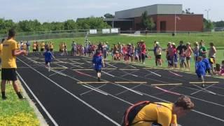 Runner's Camp 2016 - Elliott races hurdles