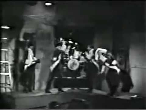 Paul Revere and the Raiders - Steppin' Out (Robin Seymour's Swingin' Time)