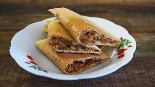 Crispy Apam Balik (Crispy Pancake With Peanut Filling)