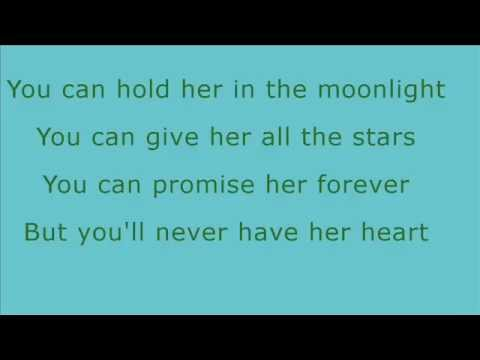 Eric Paslay - She Don't Love You (Lyrics)