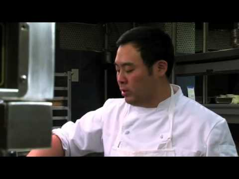 how-to-make-chinese-chicken-noodle-soup-with-david-chang