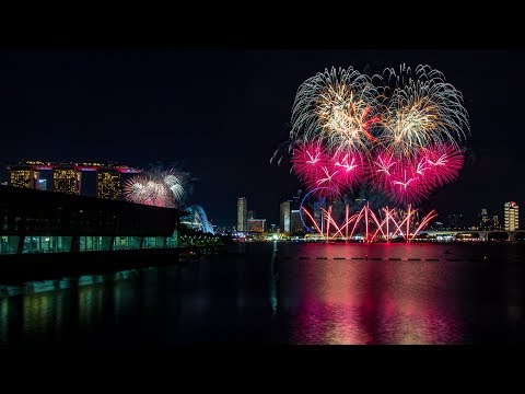 F1 Singapore 2017 Fireworks