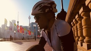 Cycling around Sydney through Harbour Bridge to Milsons Ponit (Chinese Version)