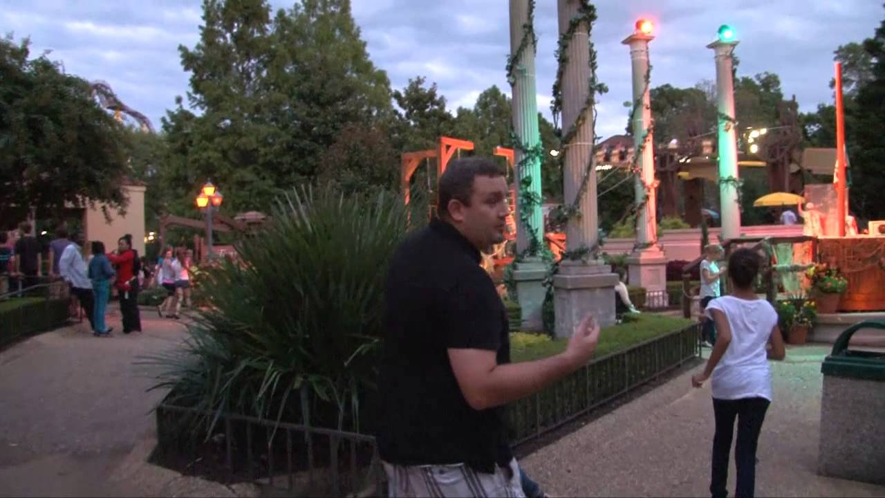 Busch Gardens Williamsburg Howl O Scream Youtube