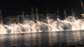 Water Fountain show at Dubai Mall for a Hindi Song