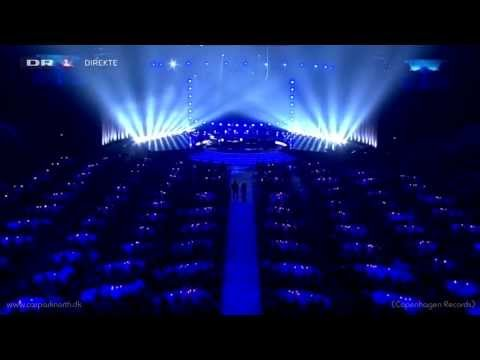 Carpark North ft. Stine Bramsen - 32 (Live @ Sport 2013)