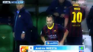 Lionel Messi injury vs Real Betis 10/11/2013 HD