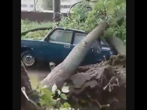 Гроза с ливнем и мощным шквалом в Волжске, Республика Марий Эл.