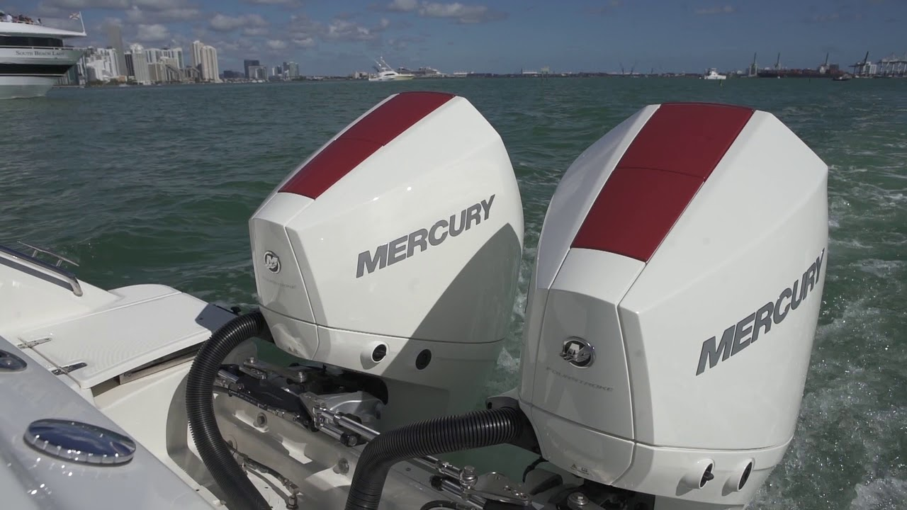 Mercury's 3 4 Litre V6 225hp on the water at Miami Boat Show