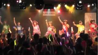 アップアップガールズ(仮)が Pigoo劇場46回公演(2012年1月15日)で披...
