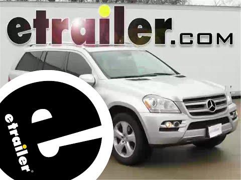 trailer-hitch-installation---2010-mercedes-benz-gl-class---curt---etrailer.com