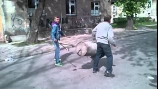 Çöp Kutusundan Bazuka Yapan Polonyalılar