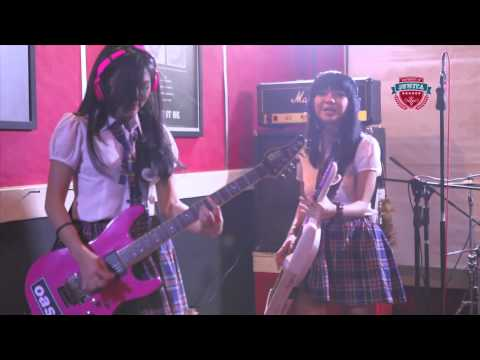 @OfficialJKT48 - Angin Sedang Berhembus (@juwitaband Cover with Drive)