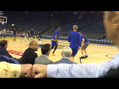 Entire Kevin Durant pregame shooting routine with Bruce Fraser, Warriors (62-14) vs Wizards, Oracle