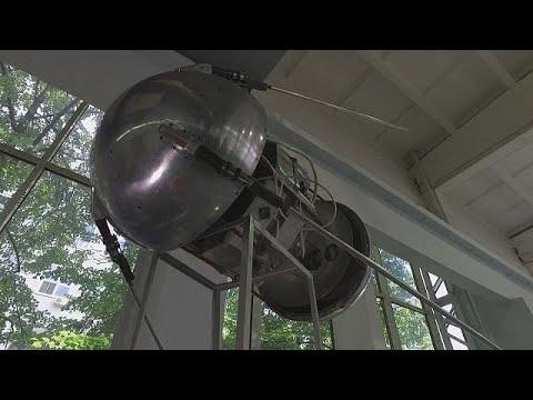 Uzaya gönderilen ilk uydu Sputnik'in 60. yılı - space