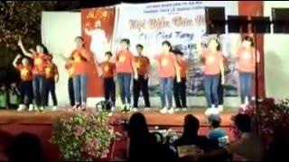 Tiến lên việt nam ơi! 6a6  nhảy tại trường Lê Quang Cường