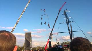Оркестр в воздухе (концерт открытия фонтана Рошен в Виннице)(Запись видео проводилась на смартфоне Sony Ericsson Xperia Arc., 2013-11-20T13:10:00.000Z)