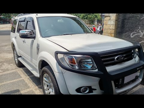 In Depth Tour Ford Everest Limited 2nd Gen Facelift (2014) - Indonesia