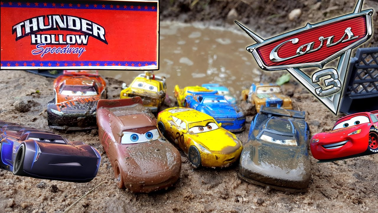 Disney cars 3 toys lightning mcqueen vs jackson storm team at thunder hollow speedway youtube - Coloriage cars 3 thunder hollow ...