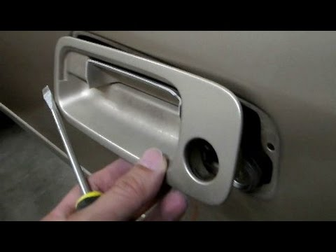 How To Replace Exterior Outside Door Handle On 1997 1998 1999 2000 2001 Toyota Camry Youtube