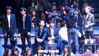[HD] 161202 GOT7 Reaction to Wiz Khalifa Stage in MAMA HK