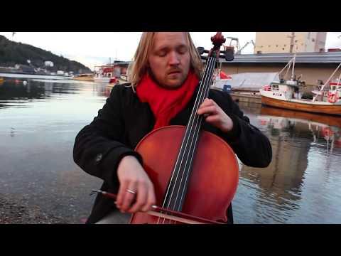 """The Cello Advent Calendar - December 18th - """"The Christmas Song"""""""