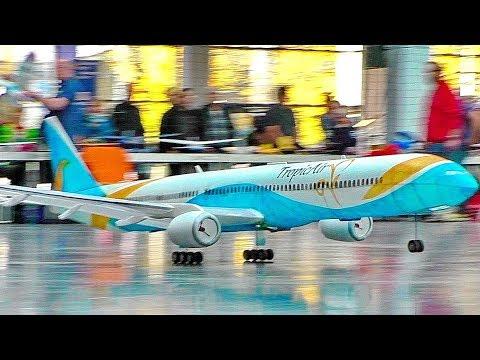 Amazing Stunning Rc Boeing 777 Lightweight 300 Gram Indoor Airliner Flight Demonstration