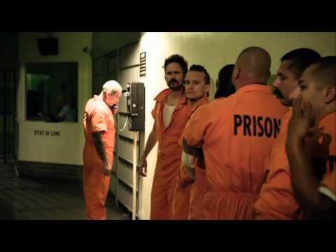 Justified: The Complete Third Season  New Prisoner
