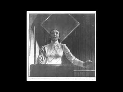 Clara Rockmore Performs Tchaikovsky's Valse Sentimentale