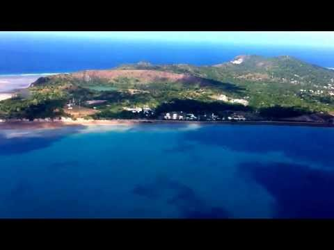 Atterrissage à Mayotte du vol air Austral en provenance de La Réunion (By Ph. Mathieu)