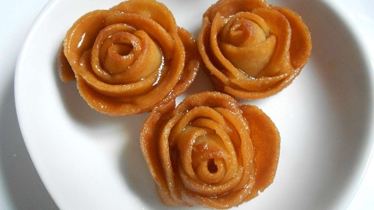How to make a flower from sweets