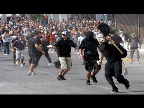 Violence erupts in Athens during Greek strike