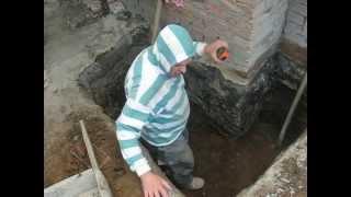 видео Усиление и ремонт фундамента при реконструкции здания.