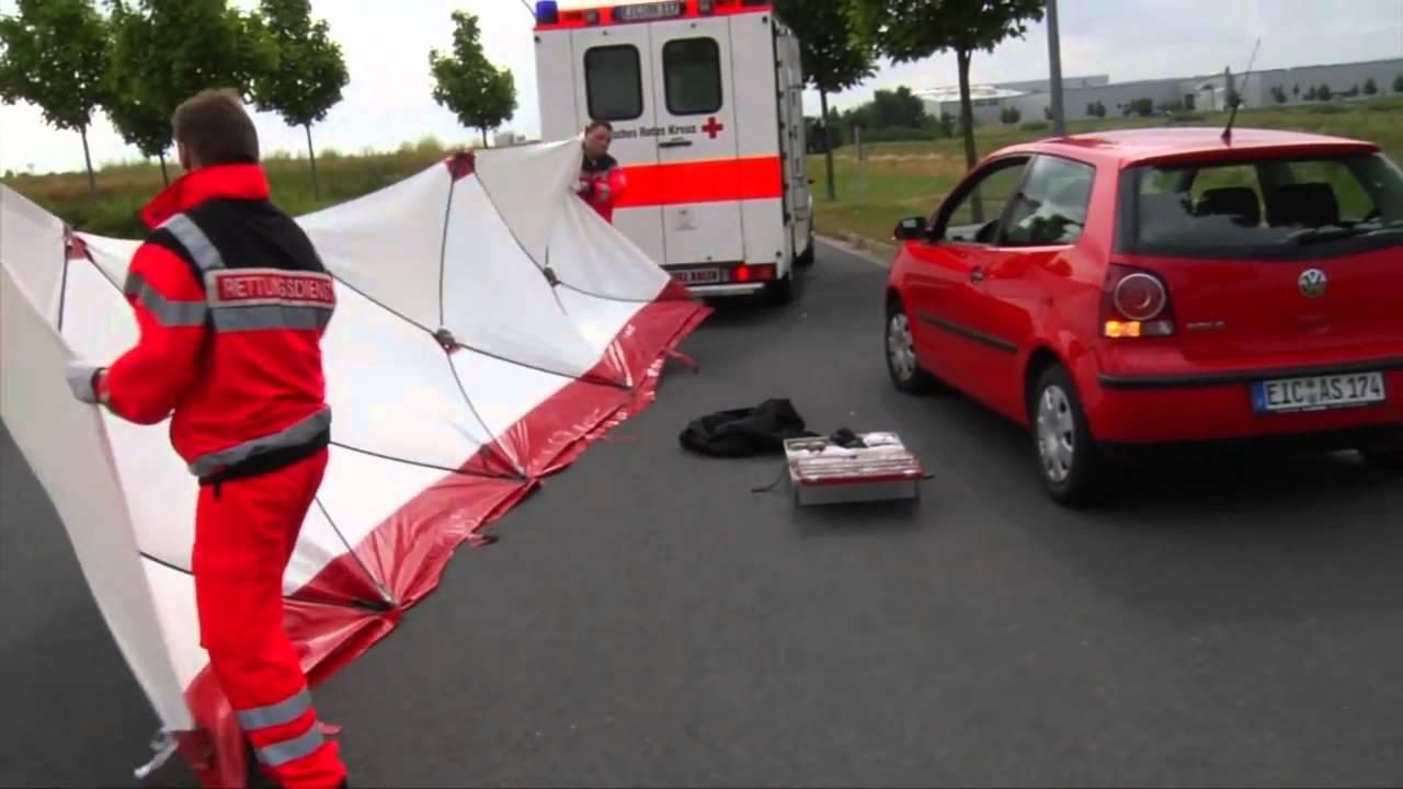 Sichtschutzwand für Rettungskräfte Sanitäter Feuerwehr