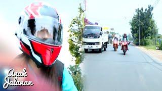 Reva Di Kejar Curong Petarung Thailand Anak Jalanan 16 September 2016