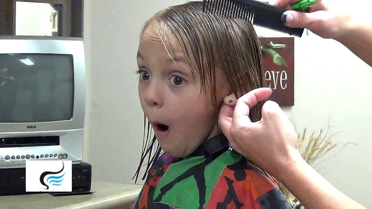 How To Cut: Straight Haircuts Across With Straight Bang