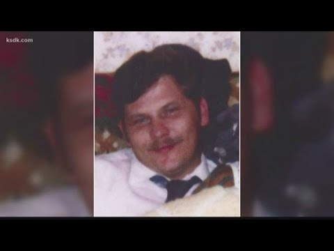 Earl Webster Cox charged with 1993 murder of Angie Housman