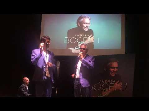 Andrea Bocelli duetta con il figlio Matteo in Fall on me