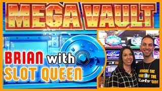 💰MEGA VAULT with Slot Queen 👑 at Red Hawk Casino ✦ Brian Christopher Slots