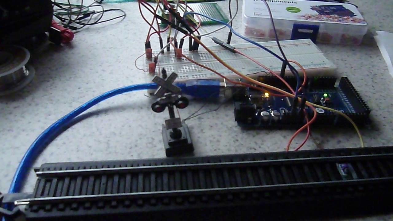 Model Railroad Crossing Lights - Arduino