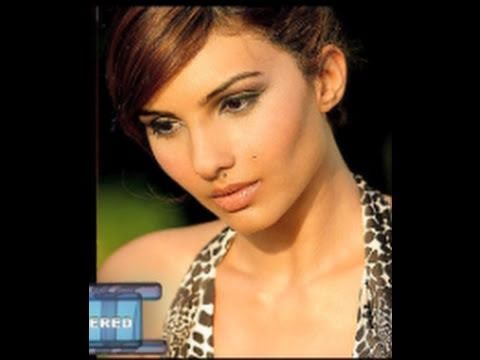 Somy Ali Talks About Salman, Sonam Causes A Loss Of Rs 3 Crores, & More Hot  Bollywood News