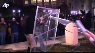 Occupy Oakland: Protesters Return to Plaza, Tear Down Encampment Fence