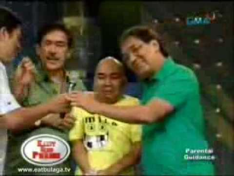 Wally Bayola Dinakip sa EAT Bulaga Travel Video