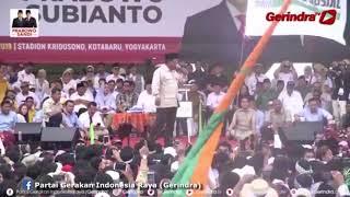 Prabowo Emosi, Gebrak Meja Podium hingga Ditenangkan Amien Rais saat Kampanye di Jogja