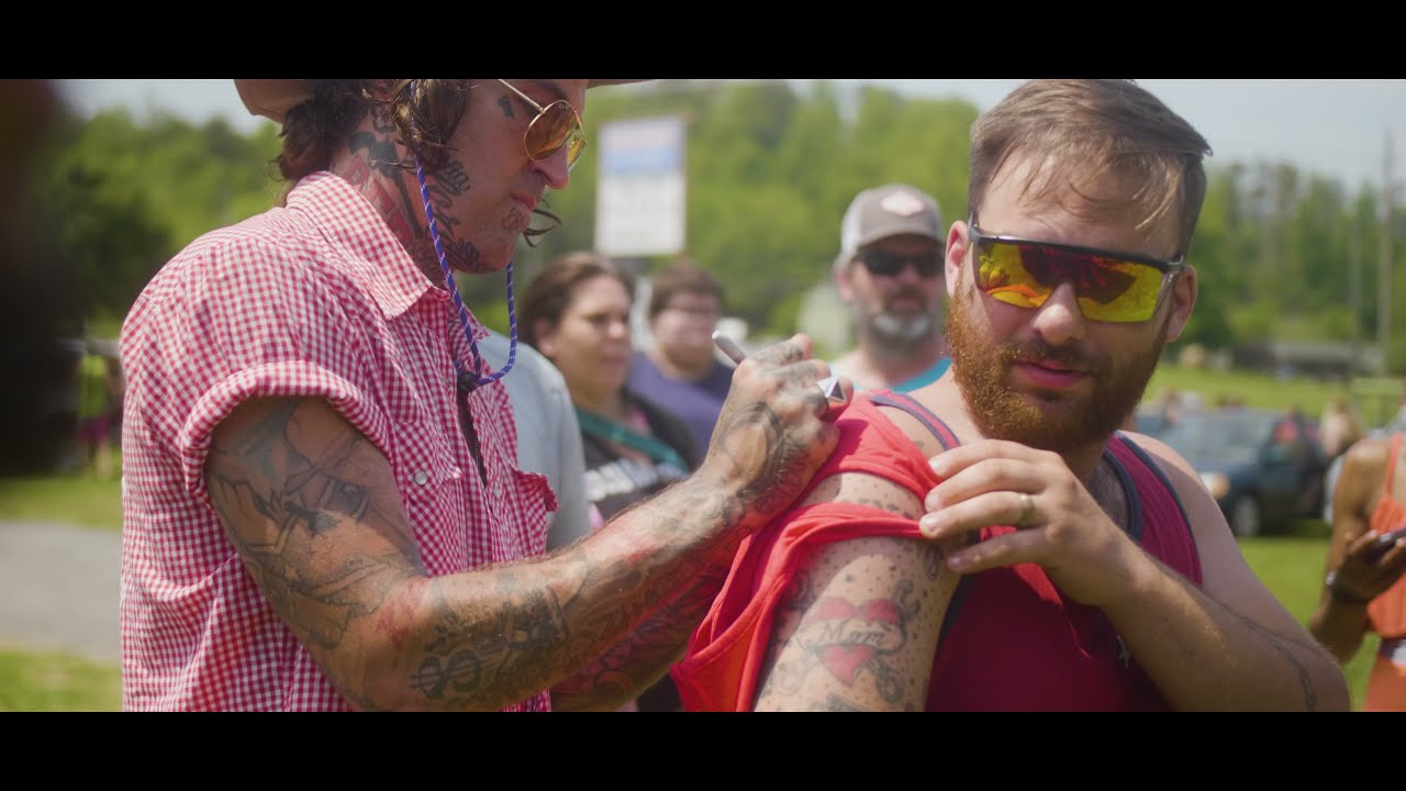 Yelawolf - Creekwater Bottle Signing Day 2, Knoxville TN
